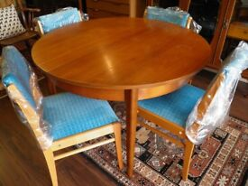 FANTASTIC MID CENTURY SOLID TEAK EXTENDING DINING TABLE & 4 CHAIRS - WE CAN DELIVER
