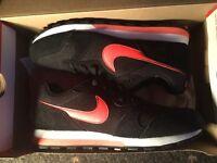NEW Black/Orange Nike MD Runner 2 (Size 7)
