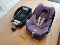Maxi Cosi Easyfix Isofix base & Maxi Cosi Cabriofix Baby Seat. Used Good Condition