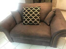 Beautiful Cuddle Sofa.