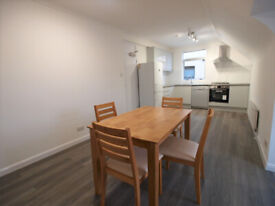 Large modern 3 bed 2 bath split level property in the heart of Crouch End N8.