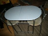 Breakfast Table/Chairs