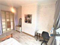 4 bedroom house in Cardigan Terrace, Newcastle Upon Tyne, NE6 (4 bed) (#954858)