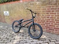 Fly Neutron BMX, Bicycle