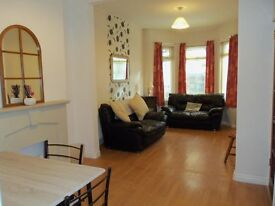 3/4 bed furnished Terrace house for rent, Woodstock Rd area