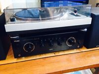 Teac ar 600 amp speakers &turntable