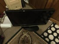 26 inch HD Samsung Tv built in freeview HDMI very good condition comes with the remote