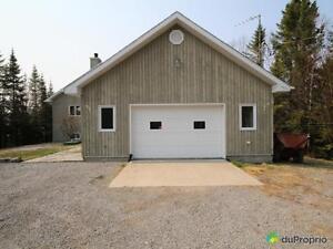 385 000$ - Maison 2 étages à vendre à Lac-Kénogami Saguenay Saguenay-Lac-Saint-Jean image 5