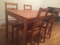 good condition table with 4 chairs
