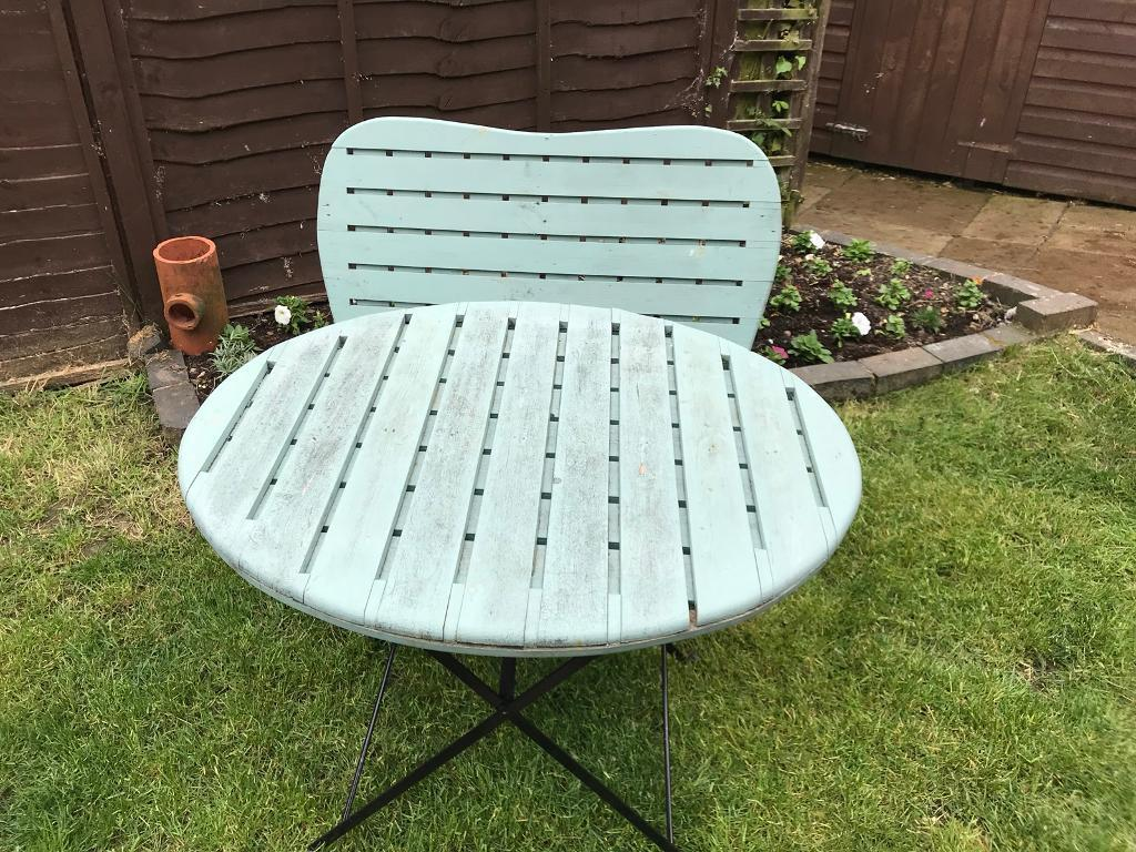 Garden furniture table and bench