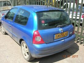 Renault clio extreme 16v 1149cc 3door hatchback 2005 !!!!!BREAKING FOR SPARES / PARTS !!!!!