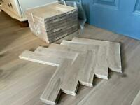 Parquet flooring (solid oak)