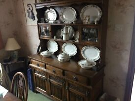 Old Charm Light Oak Dresser