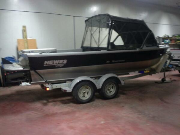 Used 2006 Hewescraft 240 hp sport jet.