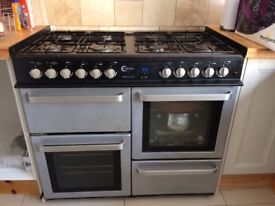 Range cooker, reason for selling is moving house and it's to big . Good condition