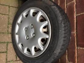 4x100 wheel with 175/65/14 tyres