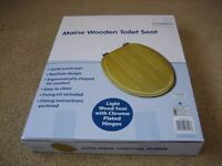 Brand new (still in the box) Croydex Maine wooden toilet seat