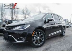 2017 Chrysler Pacifica Limited *Demo*