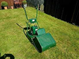 Atco 17 cylinder self propelled mower