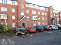 Dairyman Close - Large 2 bedroom 2 bathroom ground floor flat in this modern gated development
