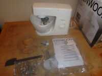 kenwood km330 chef like new in box