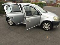 toyota yaris 2001 1.0 5 door lots of history long MOT cheap car to run