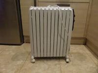 Delonghi Dragon 4 Electric Oil Filled Radiator Heater, Heat Setting, Timer