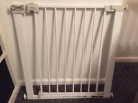 Stair gate great condition £8