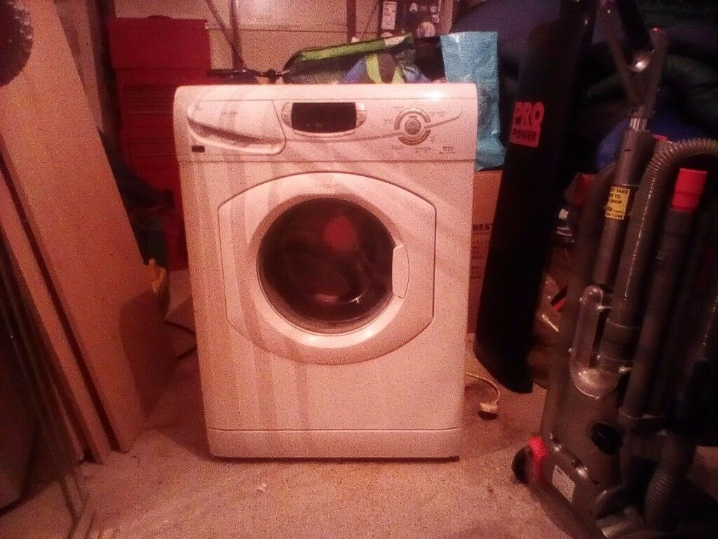 Hotpoint Ultima 6kg washing machine.great condition.7 months old.