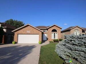 $349,000 - Split Level for sale in Windsor