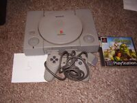 PLAYSTATION 1 WITH GAME AND MEMORY CARD AND AV LEAD