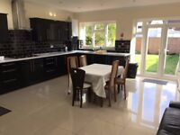 5 bed semi-detached house to rent