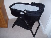 Graco carrycot & Stand Perfect condition