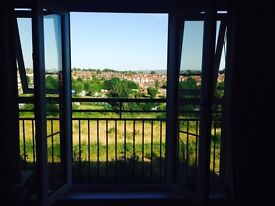 Centrally located, recently redecorated double room available to rent with countryside views