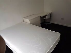 Refurbished 4 bedroom house available next to Cov Uni
