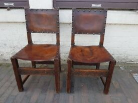 MATCHING PAIR STUNNING ANTIQUE ARTS CRAFTS STUDDED CONKER COLOUR LEATHER CHAIRS RUSTIC HOME DECOR