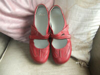 Clarkes Ladies Red Sandle Shoes Size 7