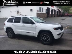 2017 Jeep Grand Cherokee Trailhawk | LEATHER | SUNROOF | REAR CA