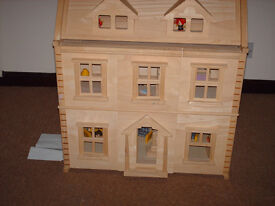 Wooden doll's House---as new ,never used