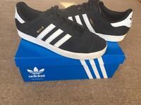 New Adidas Gazelle size 6/39