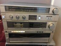 Toshiba hi-fi vintage radio/vinyl/cassette