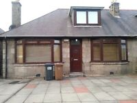 5 bedroom executive house near Aberdeen Uni & ARI with HMO and parking