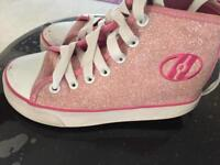 Girls heelys size 13 good condition just minor scuffs on toe