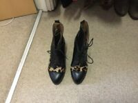 Leopard and black leather River Sland size 5 Boots