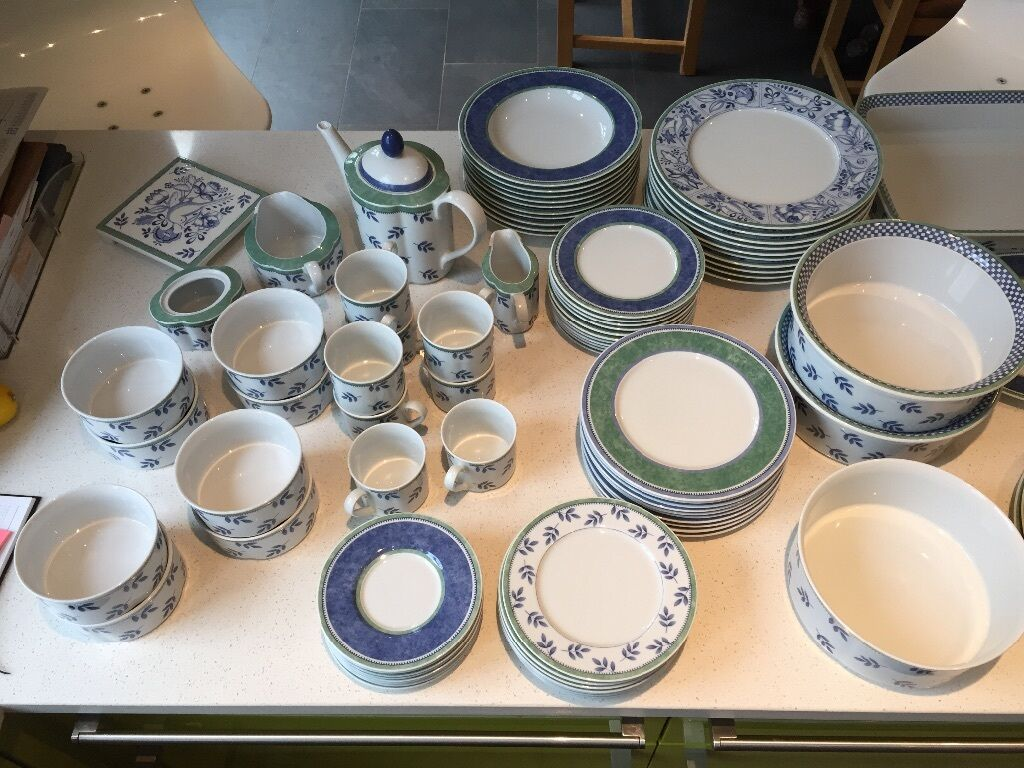complete dinner set villeroy boch excellent condition plates