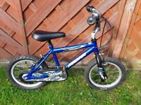 Boys bike 14 inch wheel, very good condition £20