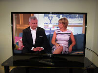 """JVC 40"""" HD READY LED TV WITH FREEVIEW."""