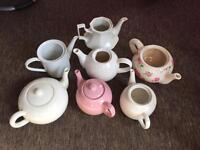 7 x vintage tea pots