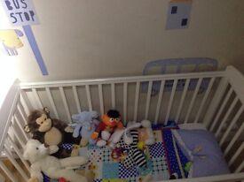 Mamas & Papas (White) Cot &Baby Changing Unit