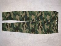 M&S Girls Camouflage Leggings Age 10-11 Years IP1